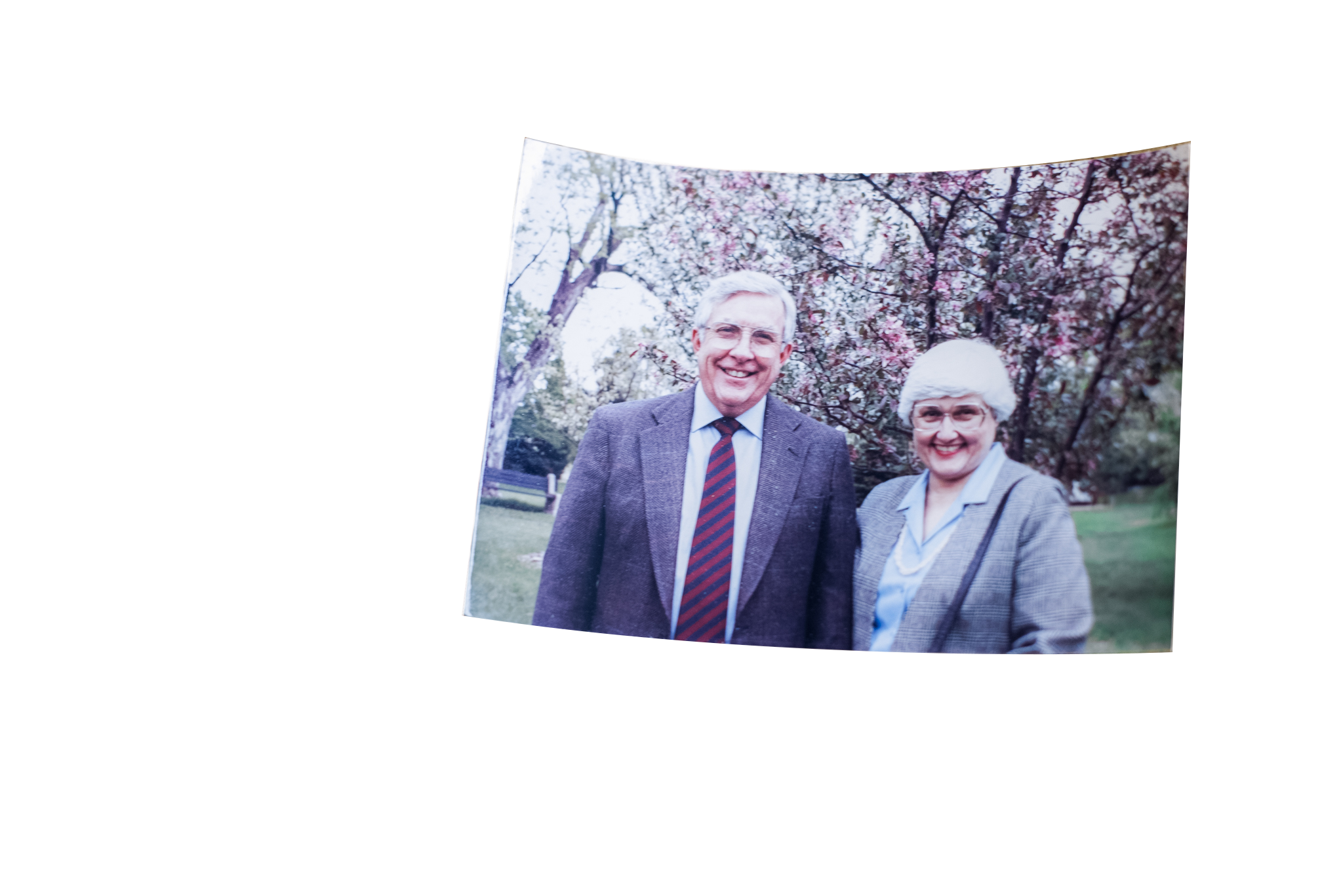 picture of an elderly couple
