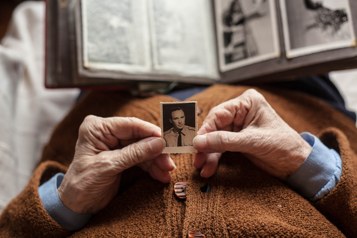 Coping with Dementia: Helpful Strategies for Family Members