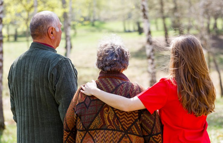How to Include a Family Member with Alzheimer's at Family Gatherings