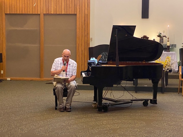 Malcolm Anderson brings musical joy to residents during COVID-19 pandemic