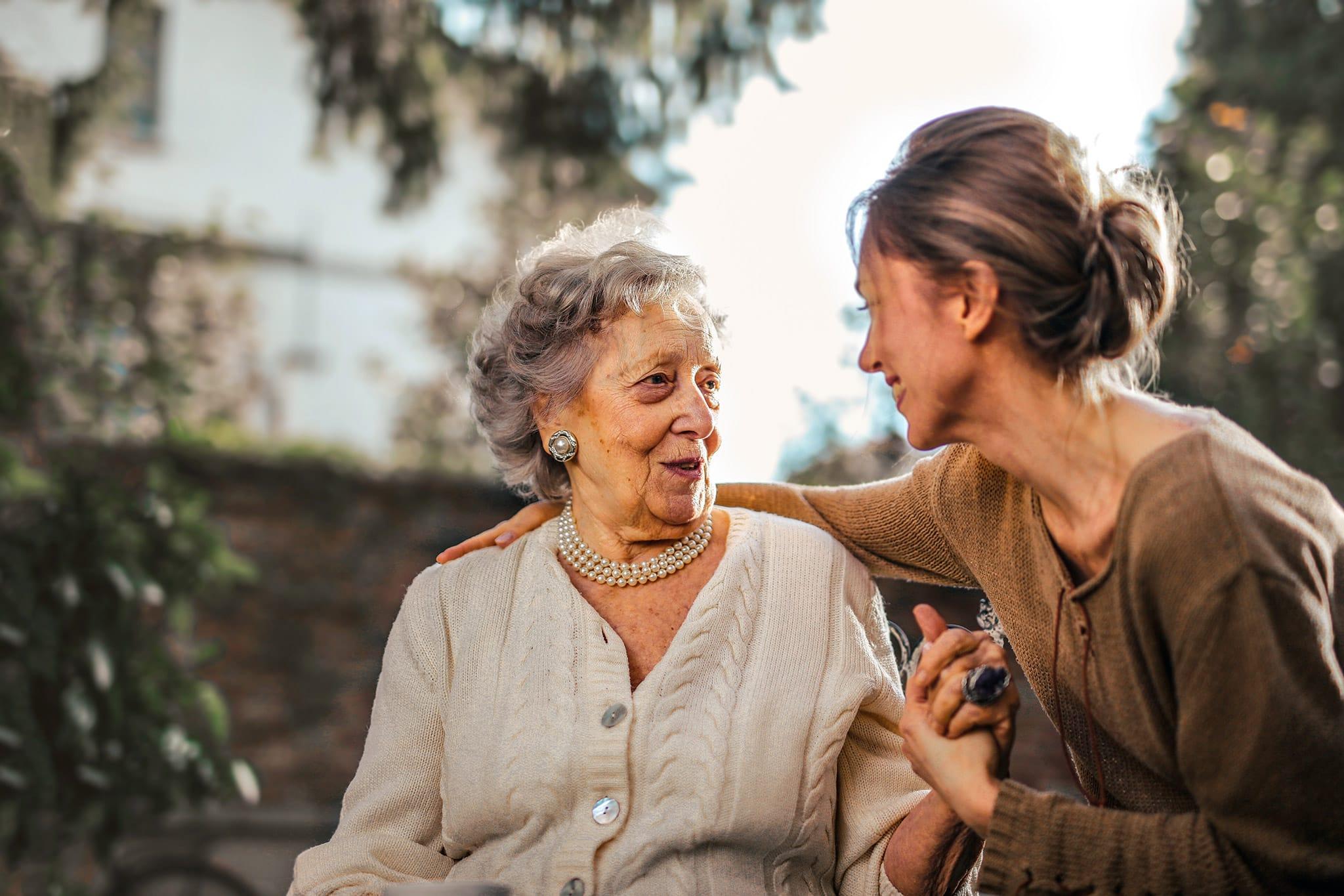 6 ways memory care enhances each moment